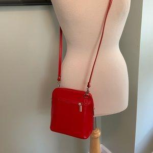 NEW! Vera Pelle Italian Leather Crossbody Bag (CL)